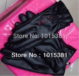 Wholesale-Free Shipping Warm Man's and woman's Winter Gloves Cycling Thicken Gloves Outdoor Sports Leather Mittens Retail Wholesale