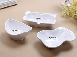 Wholesale Personalised Dishes Super Beautiful Irregular Dishes Cheap Restaurant Dinner Dishes Plastic Material Unique Design For Sale