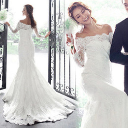 Romantic Off Shoulder With Long Sleeves Mermaid Wedding Dresses 2016 Lace Appliques Sweep Train Modest Fashion Wedding Gowns