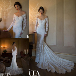 2019 Fashion Berta Wedding Dresses Off Shoulder V Neck Vintage Lace Bridal Gowns Full Sleeves Court Train Sexy Trumpet Open Back