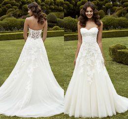 Wholesale 2016 New Designer Wedding Dresses Sweetheart Tulle Garden Appliques Lace Sleeveless Custom Bridal Dresses A Line Gowns vestido de novia