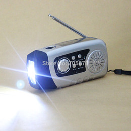 Wholesale Hand Crank LED Flashlight Outdoor Phone Charger mah TF Card FM Raido Solar radio Manual Electricity hand crank generator