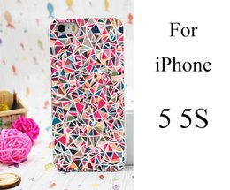 Wholesale pretty art Colorful Triangle Tribal Style Hard White Skin Case Cover for iPhone s g
