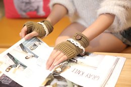 2016 Lady Winter Knitted Fingerless gloves adult woman Wrist solid color Hand Gloves with buttons lace Warmer knitted gloves 7colors choose
