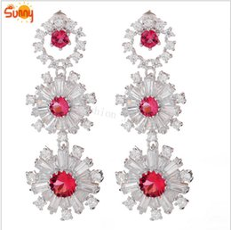 Retail&wholesale ruby white Emareld sapphire white gold dangle Earrings for famale Luxury Jewellery gift