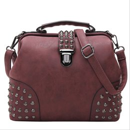 Wholesale Hot Korean fashion clamshell handbag candy color women shoulder bag best quality leather handbags Z M0236