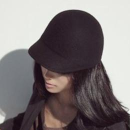 Wholesale-Fashion vintage woolen fashion cashmere equestrian cap knight cap dome gentlewomen hat bucket hat fashion lady's accessories