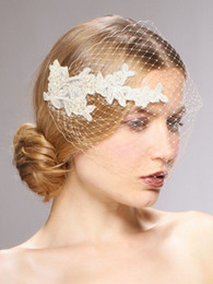 Romantic Cheap 2015 Wedding Birdcage Veils One Layer Netting With Applique Veils For Bridal Accessories EN6307