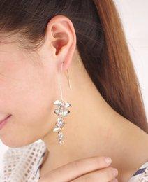 Wholesale 2015 Direct Selling Hoop Huggie Joint Torique Gasket Head Silicone Rubber Sheet Trade New Artistic Models Elegant Flower Earrings Metal