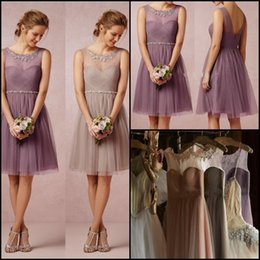 Wholesale New Arrival Sheer Illusion Knee Length Airy Flowing Tulle Short Bridesmaid Dresses For Girls V Back Cocktail Party Prom Dresses