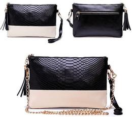 Leather Tassel Handbags Shoulder Bags Messenger Bag Day Clutch Chain Bag Small Bag Fashion Women's Clutches