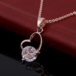 Wholesale Factory Korean version of the LOVE Mini love peach shisuo zirconium bone chain K rose gold necklace female valentine gift wholes