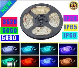 X100m SMD 5050 3528 5630 IP65 IP68 IP20 Led Strips Light Charmant Pure Blanc Rouge Vert RGB Flexible 5M Roll 300 Leds 12V éclairage extérieur ip68 led light strips on sale à partir de ip68 conduit bandes lumineuses fournisseurs
