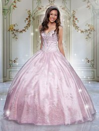 Wholesale Quinceanera Dresses Light Pink Sweetheart Ball Gown Beaded Open Back Sequins OffShoulder Quinceanera Gowns Doll Prom Gown Evening Dress