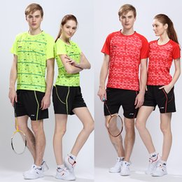 Wholesale LI NING Badminton Sport Set Tshirt Shorts New All England Open Badminton Tournament China Racing suit AAYL009 AAYL014