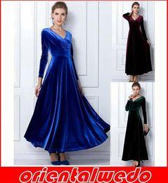 Promotion bleu peplum robe noire New Velvet Warm Plus taille Winter Ankle-Length Robe Femme Blue Wine Rouge Vert Noir Slim Vintage Maxi Casua + écharpes 1PCS! Livraison gratuite