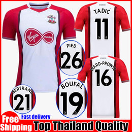 Top quality 2017 2018 Southampton home Soccer Jersey 17 18 Southampton Jerseys RODRIGUEZ TADIC RAMEU DAVIS Football Shirt uniforms sales