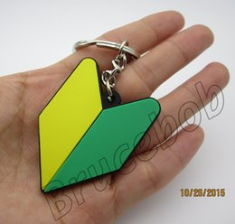 soft Rubber New driver badge JDM flag arrow tip arrowhead wakaba keychain keyring Shocker hand key chain ring