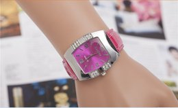 Wholesale European USA fashion women s diamond quartz Wristwatches barrel shaped casual fashion watches Leather belt watch
