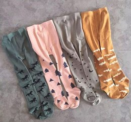 INS Baby girl leggings 2016 Fashion Cloud Tree Horse Pattern kids girl Tights spring autumn Warm Pantyhose for 0-4T RK783.
