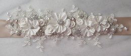 Exquisite Bridal Sashes Rhinestones Applique Pearls Flowers Wedding Belts Bridal Accessories Customized