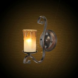 Wholesale Quality Assurance Lamp Wall Lamp American Wrought Iron Wall Lamp Antique Candle Lamp