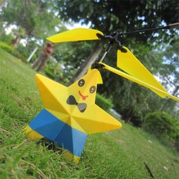 Wholesale Yellow five pointed star Remote control plane model aircraft electric toy RC Helicopter AU US UK to EU AC Power Plug