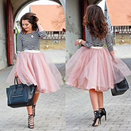 Lovely Popular Party Tutu Dresses Custom Made Cheap Blush Pink Knee Length Bust Skirts Tulle Bridesmaid Wedding Party Formal Wear