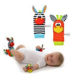 Promotion chaussettes lamaze hochet Nouveau style Lamaze Sozzy rattle Wrist âne Zebra Wrist Rattle et chaussettes jouets (1set = 2 pcs poignet + 2 pcs chaussettes)