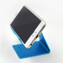 Wholesale Universal Aluminum Metal Mobile Phone Tablet Desk Holder Stand for iPhone s plus for Samsung Smartphone Tablets