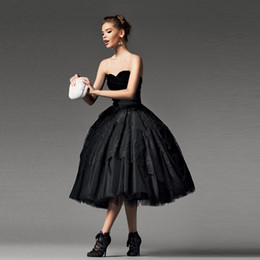Vintage Black Gothic Tea Length Wedding Dresses 2019 Sweetheart Bow Lace Tulle A-Line Short Bridal Gowns Lace up Back Custom Made