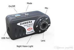Las mini cámaras digitales en venta-Metal oculto mini videocámara de la cámara 1pcs HD 720p visión nocturna por infrarrojos T8000 Pulgar Mini cámara DV Digital Grabador HD DVR L0192517