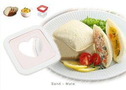 Wholesale new Portable Heart Shape Sandwich Bread Toaster Maker Mold Mould Cutter DIY Tools