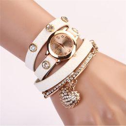 2017 cuero reloj pulsera corazón Corea Popular Joyas Corazón Pulsera Reloj Mujeres Moda Rhinestone Cuero Relojes Reloj Reloj Mujeres Relogios Femininos cuero reloj pulsera corazón limpiar