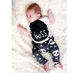 Wholesale Boy fashion INS panda Suits new children Short sleeve T shirt trousers plus sign Suit baby clothes B001