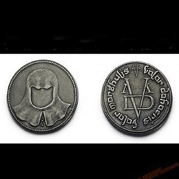 Wholesale Power game Coin Song of Ice and Fire vintage embossed pendant movie collections alloy Faceless coin Mysterious force for men women kid