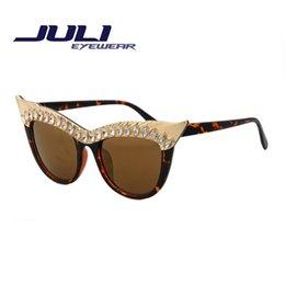 2016 Top Quality Cat Eye Sunglasses Women Brand Designer Color Lens Metal Alloy Frame Retro Sunglasses Occhiali Da Sole 95001C