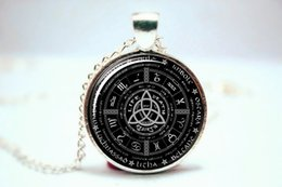 Wholesale 10pcs Pagan Wheel of the Year Necklace Pagan Pentagram Pendant Glass Photo Cabochon Necklace