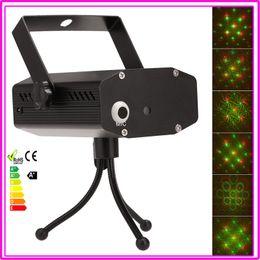 Promotion bar business Gros-Disco Bar KTV Party étape projecteur laser Effet 110V-240V La commande vocale / Auto / Strobe 3-Mode Lumière d'affaires avec trépied Adaptateur