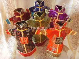 Vintage Chinese style Christmas Wine Bottle Cover Bags Table Dinner Decoration Silk brocade Bottle Clothing 50pcs lot mix style