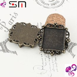 Wholesale Fit mm Zakka diy alloy antique square metal stamping blank vintage cameo cabochon setting bases bronze bezel pendant tray