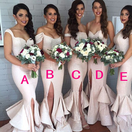 Sexy Spaghetti Straps Bridesmaid Dresses Side Front Split Sleeveless Floor Length Sweep Train Bridesmaids Dresses Prom Party Gowns Custom