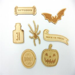 Wholesale Deal Halloween themed wood shapes Wood Crafts Embellishment DIY Decorations Set Craft for decpration