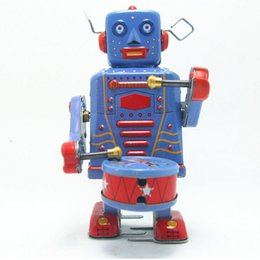 2015 Classic Tin Wind Up Toys Robot Vintage Toy for Boys Children, New Style Clockwork Toys Free Shipping