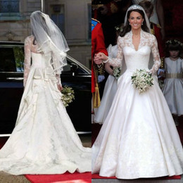 Stunning Kate Middleton Wedding Dresses Royal Modest Bridal Gowns Lace Long Sleeves Ruffles Cathedral Train Custom Made High Quality Brides