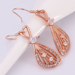 Wholesale Boucle D oreille Pendante New Brand Gold Dangle Earrings For Women Big Crystal Earrings Party Jewelry Fashion Accessories order lt no t