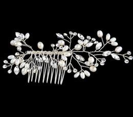 Wholesale Bridal Hair Accessories Tiaras Hair Pins Lady s Natural Pearls Fascinators Bridal Wedding Flower Crystal Headband Hair Clip Pins