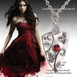 Wholesale 2016 Fashion Movie Jewelry The Vampire Diaries Bonnie Garnet Necklace Bennet Family Amulet Ancient Silver necklace ZJ