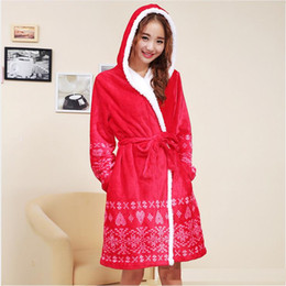 Women's Winter distinguished flannel Chinese auspicious red hooded bathrobe