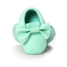 Wholesale Verde del bebé Zapatos Bebe primeros caminante zapato mocasines blandos bebé years Moda salomon